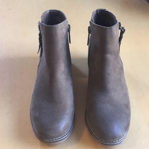 Blondo Waterproof ankle boots